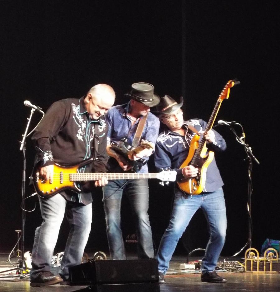 hotel california eagles tribute band canada