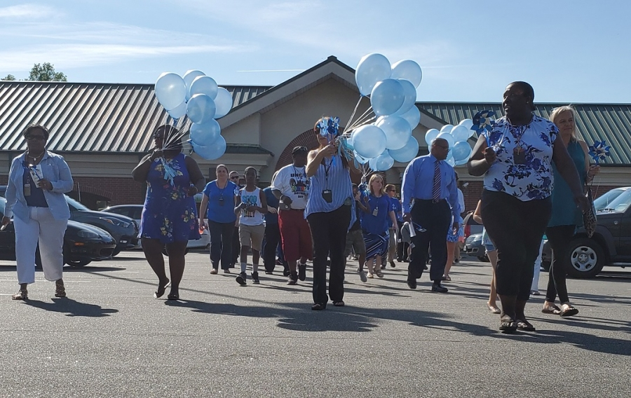 The Richmond Observer - Balloons released in Richmond County