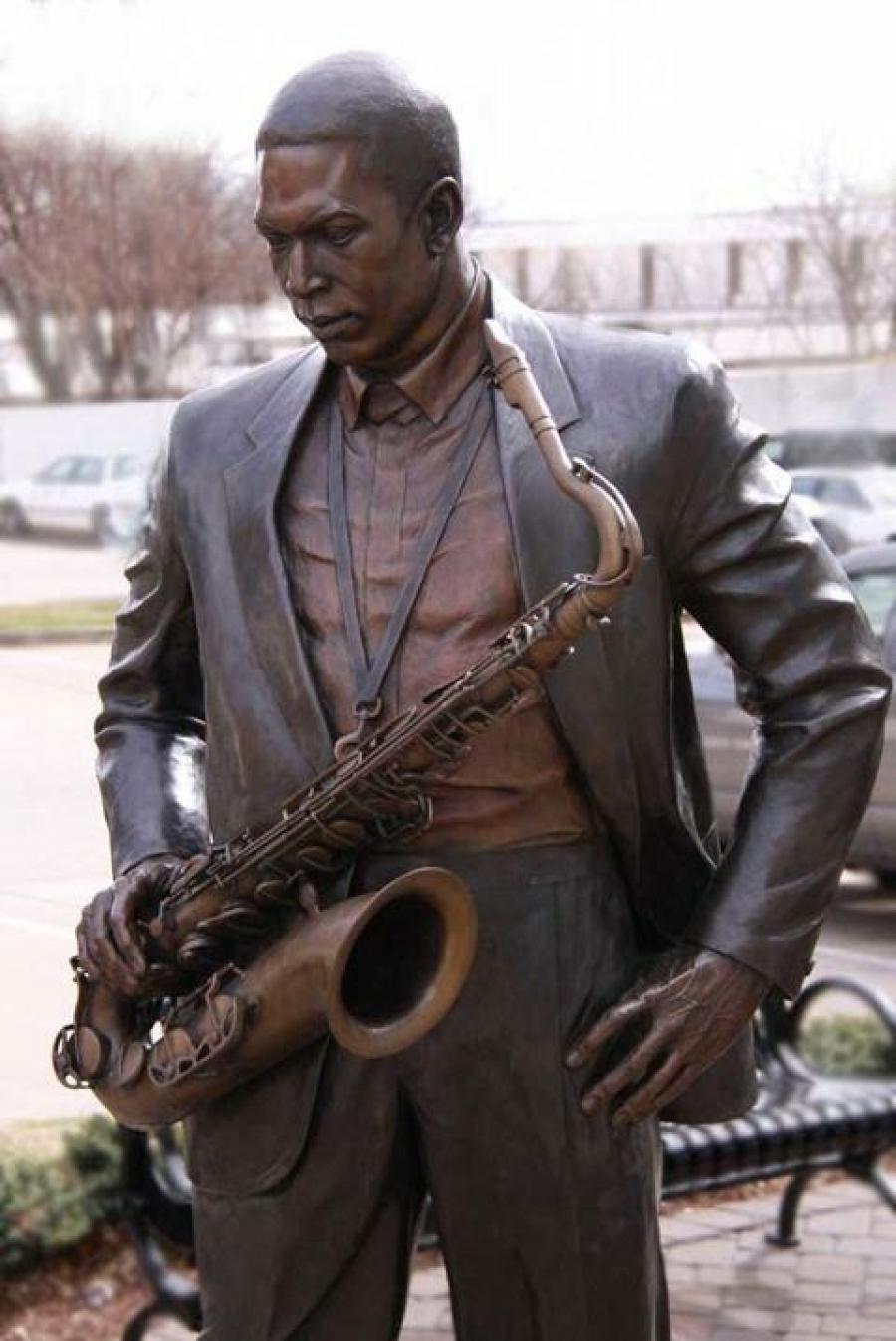 The richmond observer jazz legend john coltrane of hamlet the bronze statue of john coltrane stopboris Gallery