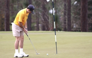 ROSports File Photo: Jonathan Rich shot a 79 (+7) on Monday to lead the Raiders.