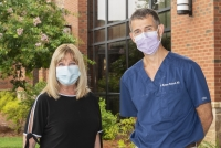 Wound care patient Lynne O'Quinn and Matthew Reinhardt, M.D.