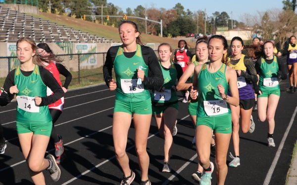 All 6 of Richmond's runners run together in the opening mile of Wednesday's SAC meet.
